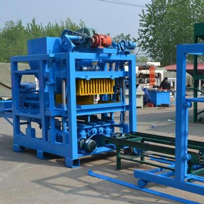QTY4-15型免烧砖机