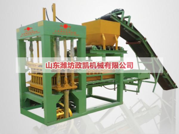 QT8-15型水泥砖机