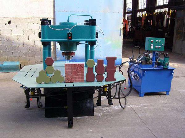 彩砖机的设计特点和优势
