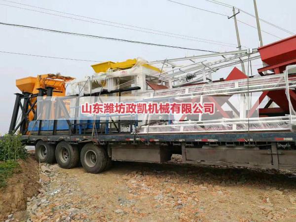 江苏徐州4-15型水泥砖机装车发货现场